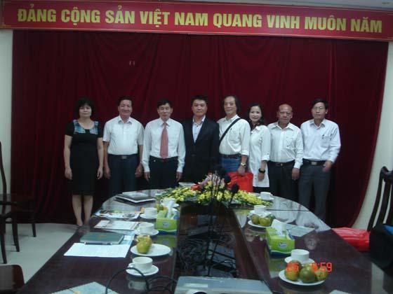 Lãnh đạo Viện Nước, Tưới tiêu và Môi trường tiếp Công ty Công nghệ tưới Đài Loan